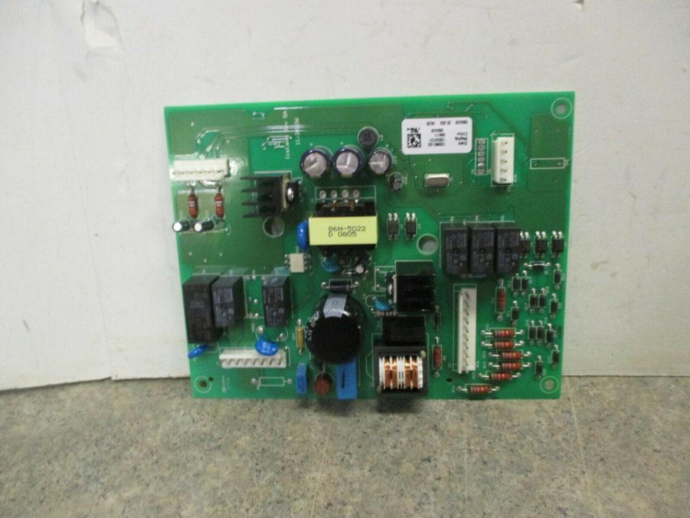 WHIRLPOOL REFRIGERATOR MAIN CONTROL BOARD PART # W1030240 W10191108