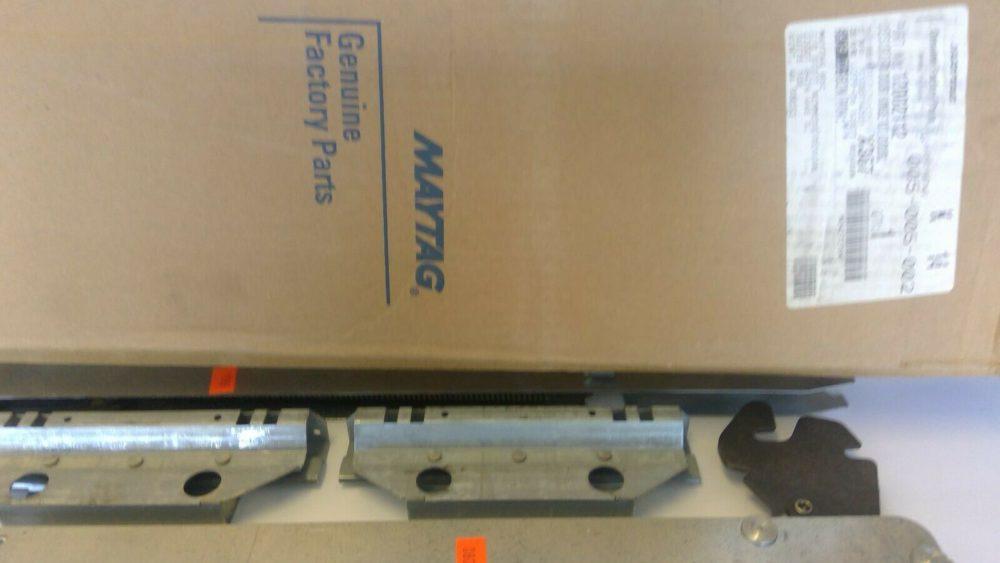 New OEM Maytag Wall Oven Hinge Kit 12002112