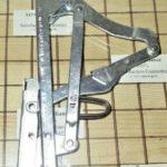 NEW Bosch Door Hinge (left or right) 00493360, 00493358, 143619, 419090, 489295